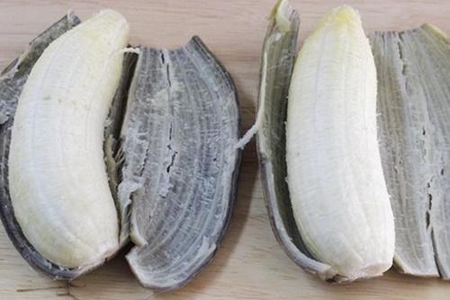 - chuoi xanh 3 - Ăn chuối luộc thay cơm: Bí quyết ĐÁNH BAY 11kg mỡ thừa trong 2 tuần, hiệu quả mà dễ tội gì không thử