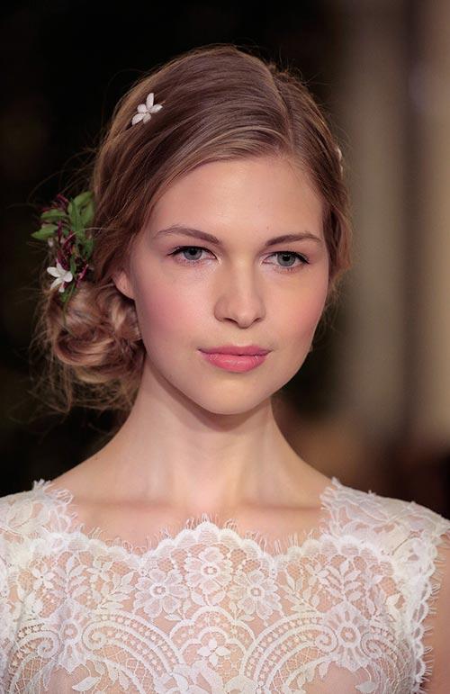 Những kiểu tóc cô dâu ấn tượng cho xuân 2016