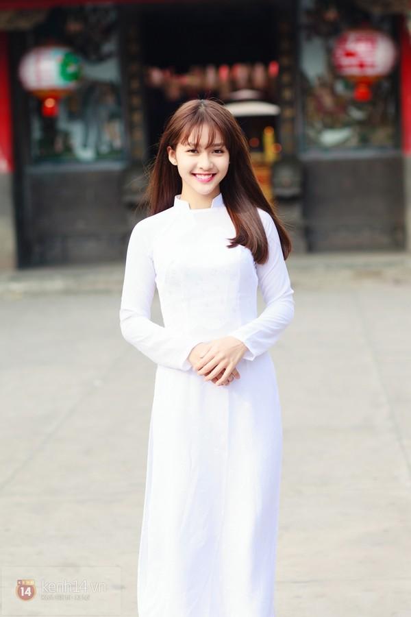 KHAI GIẢNG: Mách bạn cách làm tóc và trang điểm thật lung linh để diện áo dài trắng ngày khai giảng