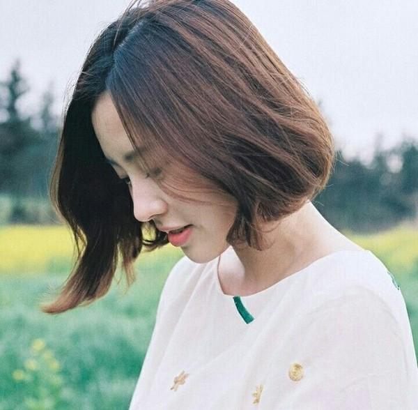 Những kiểu tóc giúp nàng tóc mỏng thoát khỏi nỗi lo phần tóc thưa đỉnh đầuTóc bob