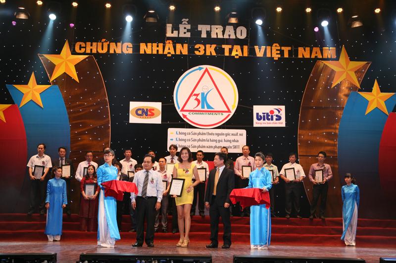 Vinh danh Công ty Mỹ Phẩm Hoa Anh Đào tại lễ chứng nhận 3K tại Việt Nam