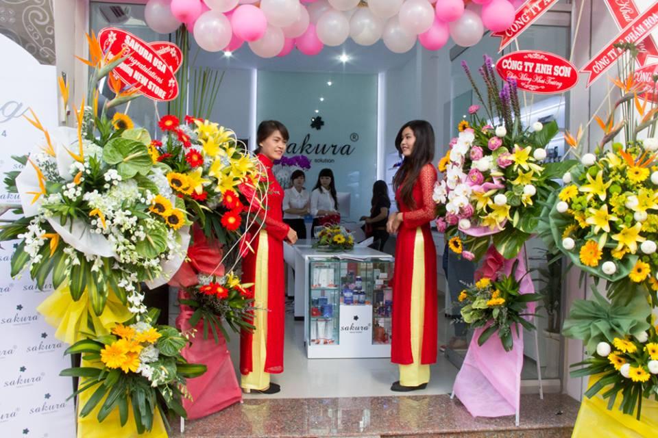 Mỹ phẩm Hoa Anh Đào chúc mừng  Sakura Việt Nam khai trương Showroom