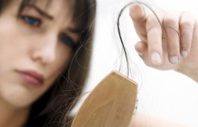 11 mẹo hay giúp giảm tóc rụng hiệu quả