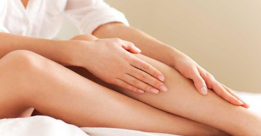 Loại bỏ lông tay chân chẳng hề đau đớn lại không tốn kém với sáp ong