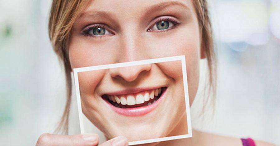 Chuẩn bị 1 thìa đường + 1 thìa muối – Bí quyết trị dứt điểm hôi miệng và cho răng trắng sáng