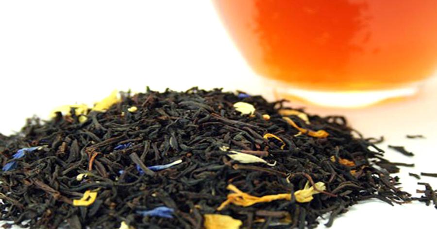 Dưỡng da mềm mịn, loại bỏ mụn nhọt trong những ngày nắng nóng nhờ mặt nạ trà đen và mật ong