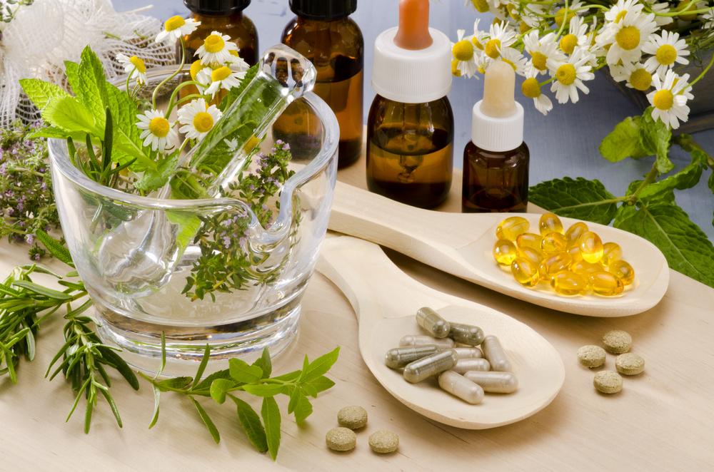 Muốn trị mụn thành công – Bạn cần bổ sung ngay 5 loại vitamin dưới đây!