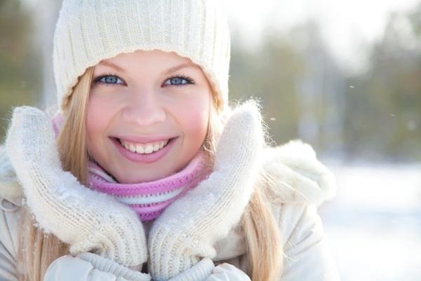 Giải đáp thắc mắc - Mùa đông có cần sử dụng kem chống nắng hay không?
