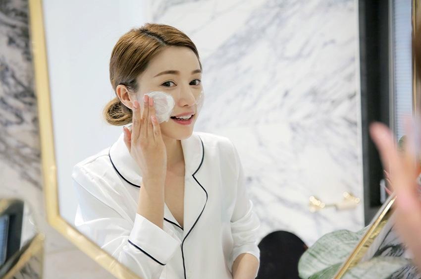 Hot Cloth - Bí quyết rửa mặt của các cô nàng xứ lạnh Hàn, Nhật trong những ngày đông buốt giá