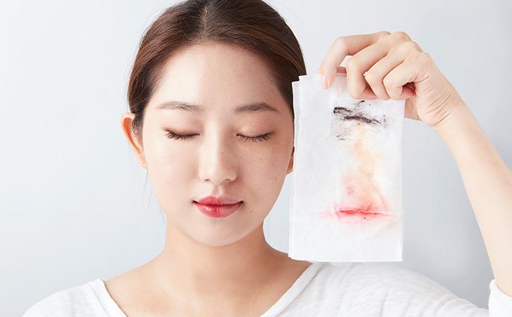 6 Lỗi tẩy trang mà đa số phụ nữ Việt thường mắc phải khiến da bị hủy hoại và lão hóa nhanh chóng