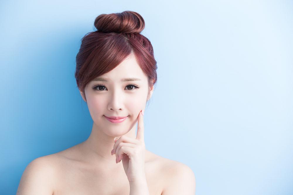 """"""" Cuộc cách mạng"""" xử lý mụn và ngăn ngừa nếp nhăn của người đẹp xứ Hàn"""
