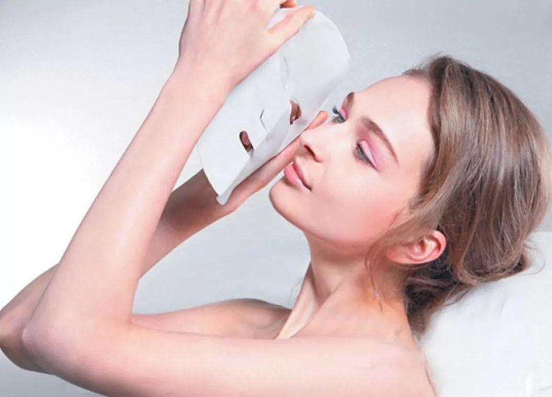 5 Sai lầm khi đắp mặt nạ dưỡng da khiến nhan sắc xuống cấp trầm trọng chị em cần lưu ý
