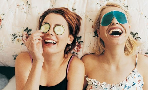 """7 Cách """"ĐÁNH BAY"""" quầng thâm mắt cực an toàn và hiệu quả tại nhà"""