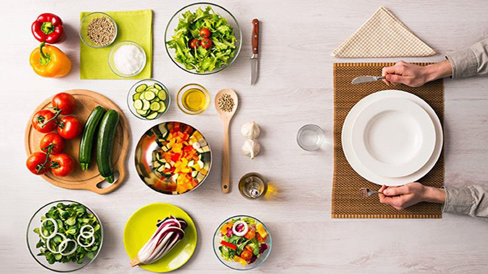 Danh sách những loại thực phẩm bạn nên ăn nếu muốn có vẻ ngoài trẻ trung và rạng rỡ hơn