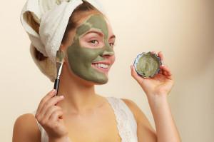 6 Sai lầm biến việc đắp mặt nạ dưỡng da từ lợi thành hại cần từ bỏ ngay!