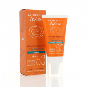 Review Kem Chống Nắng Avene