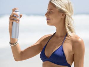 Xịt chống nắng cho da mặt được chị em tin dùng nhất 2019