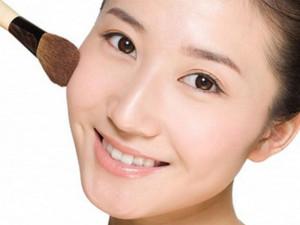Sakura CC Cream - sản phẩm trang điểm được yêu thích nhất năm 2019