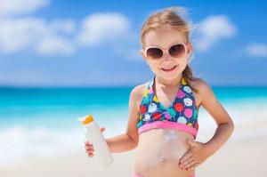 Top 5 kem chống nắng trẻ em đáng mua nhất năm 2020