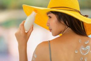 Kem chống nắng nào tốt, hợp với làn da Châu Á?