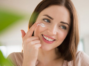 Top 7 kem trị mụn hiệu quả và an toàn cho mọi làn da