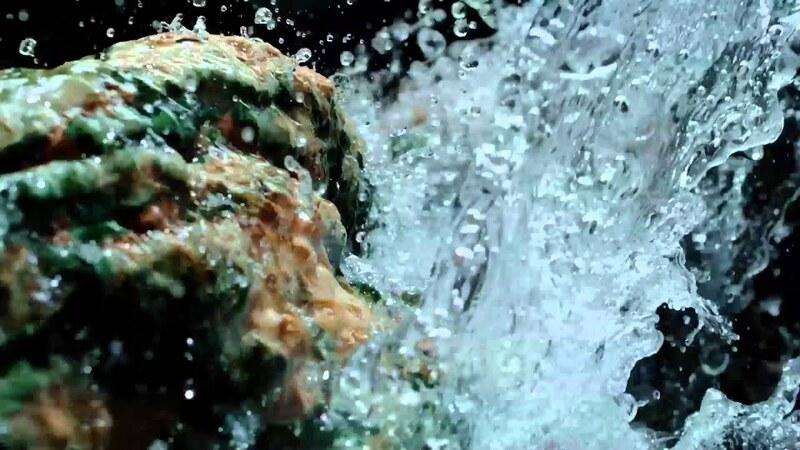 nước khoáng núi lửa vichy